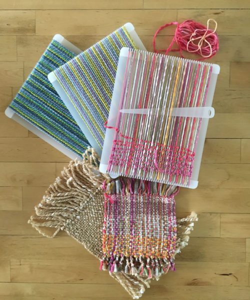 Weaving handwoven swatches made easy with the swatch maker