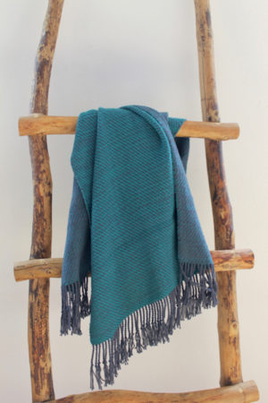 Linsey Woolsey Shawl by Liz Gipson